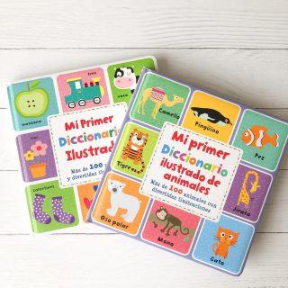 ¿Los conoces? Diccionarios ilustrados, más de 100 palabras y animales para que los niños aprendan a conocer, descubrir y aprender sus primeras palabras. Con divertidas y coloridas ilustraciones para los pequeños lectores. 📚👶🏻👦🏻👧🏻 Libros que forman parte de la colección libro Mi primer diccionario ilustrado. Ambos de encuadernación tapa dura, 20 x 20 cm, 12 páginas. Puedes comprarlos juntos o separados ☺️ Lo encuentras en la TIENDA ONLINE 👩🏻💻 www.buencrecer.cl O envíame MD ¿Cual prefieres? ¿Animales o palabras? #Libros #Lectura #leer #leerencasa #Amorporloslibros #fomentolector #pequeñoslectores #librosparabebés #bebésycuentos #kidsbooks #buencrecer #tiendaonline #aprendizaje #libros0a3años